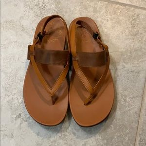 Chaco sandal size 9 shipping $6